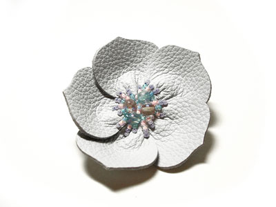 flowerpin2.jpg