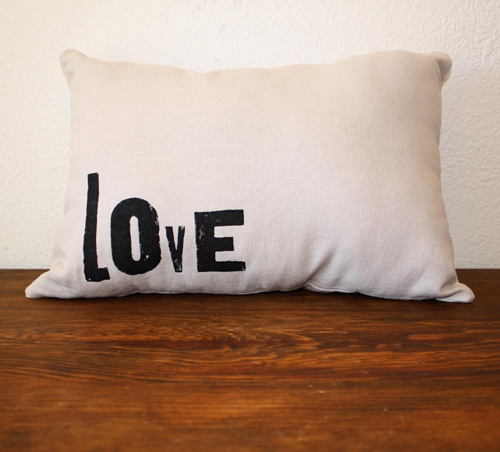 lovepillow1